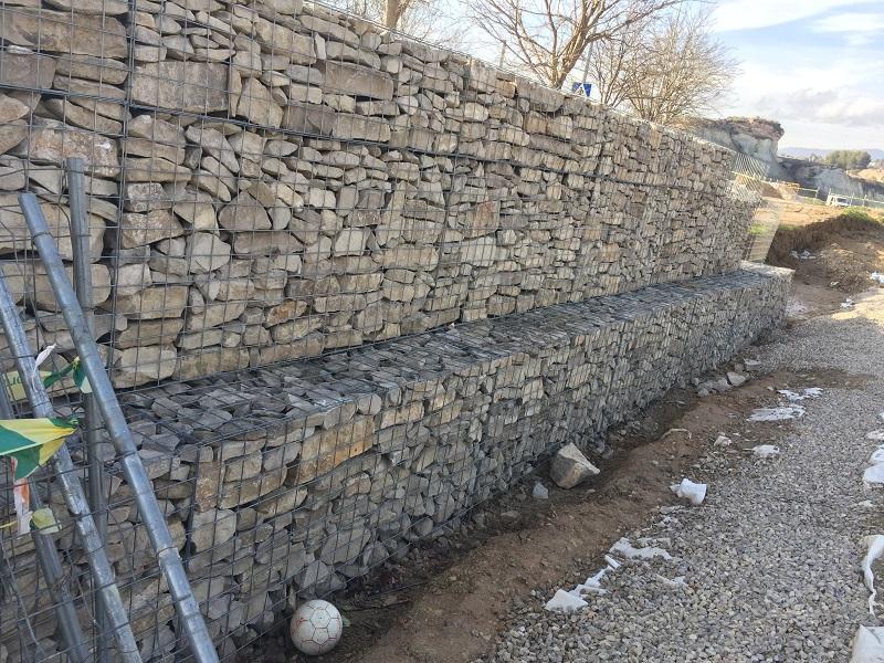 Gaviones de piedra gaviones de piedra decorativos las for Gaviones de piedra